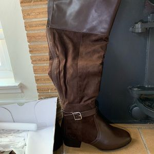 Brown torrid boots